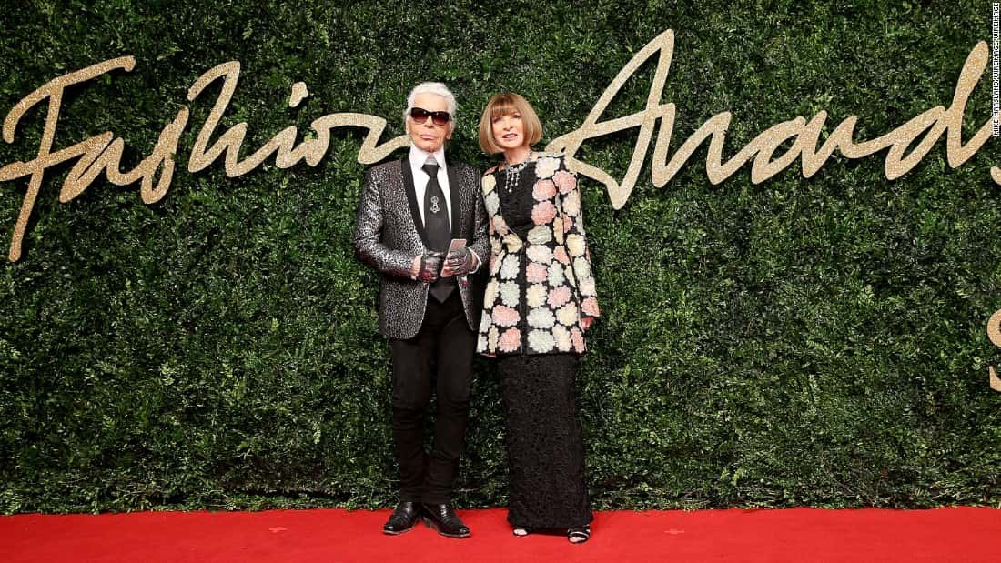 151124142100-british-fashion-awards-2015-anna-wintour-karl-lagerfeld-super-169